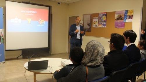 Mohamed Tliba, secrétaire général d'ECD, présente le dispositif.