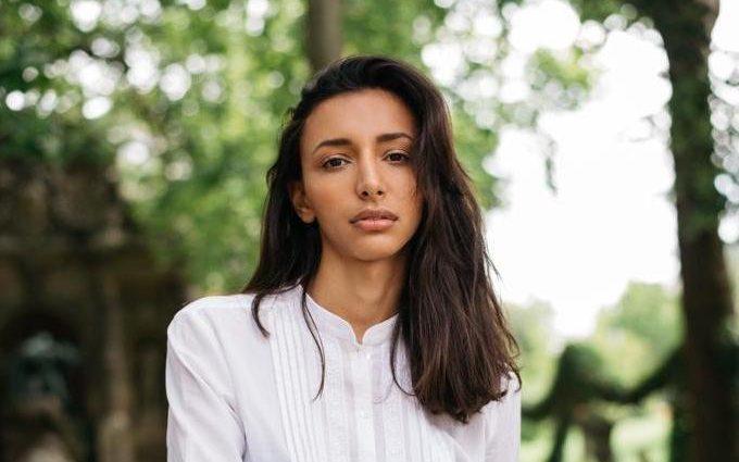 Iman Cravello : En France, « la mode exige des clichés »